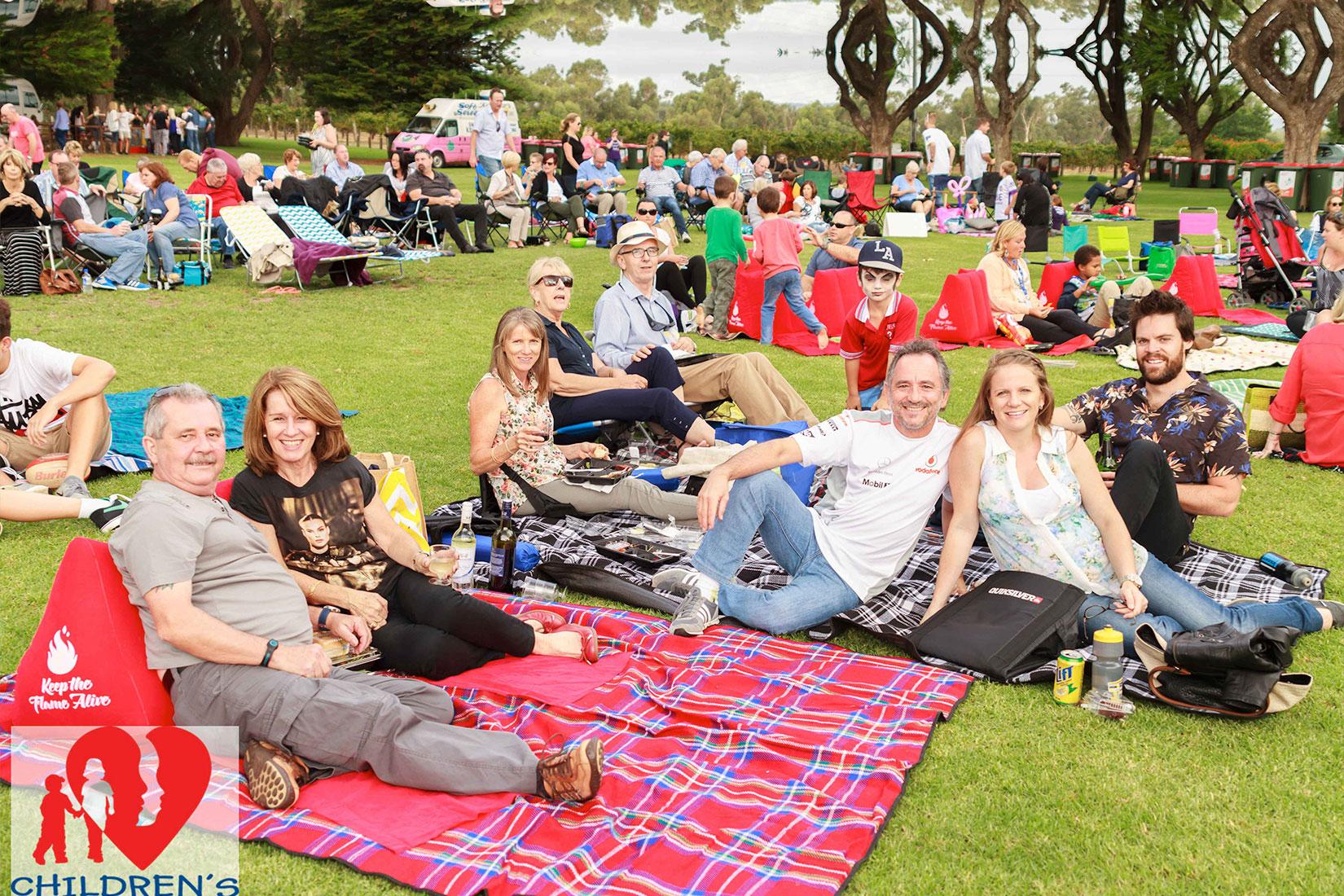 Slide-Banner-family-picnic2
